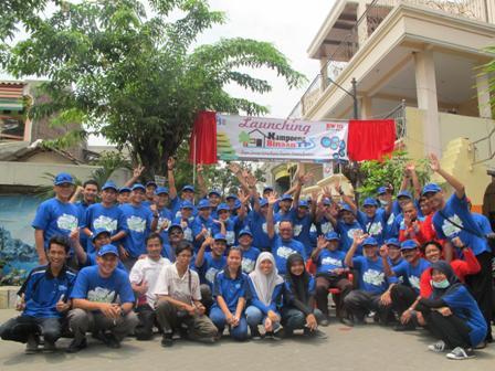 Bakti sosial PT TPS goes to kampung in rw II perak barat ...